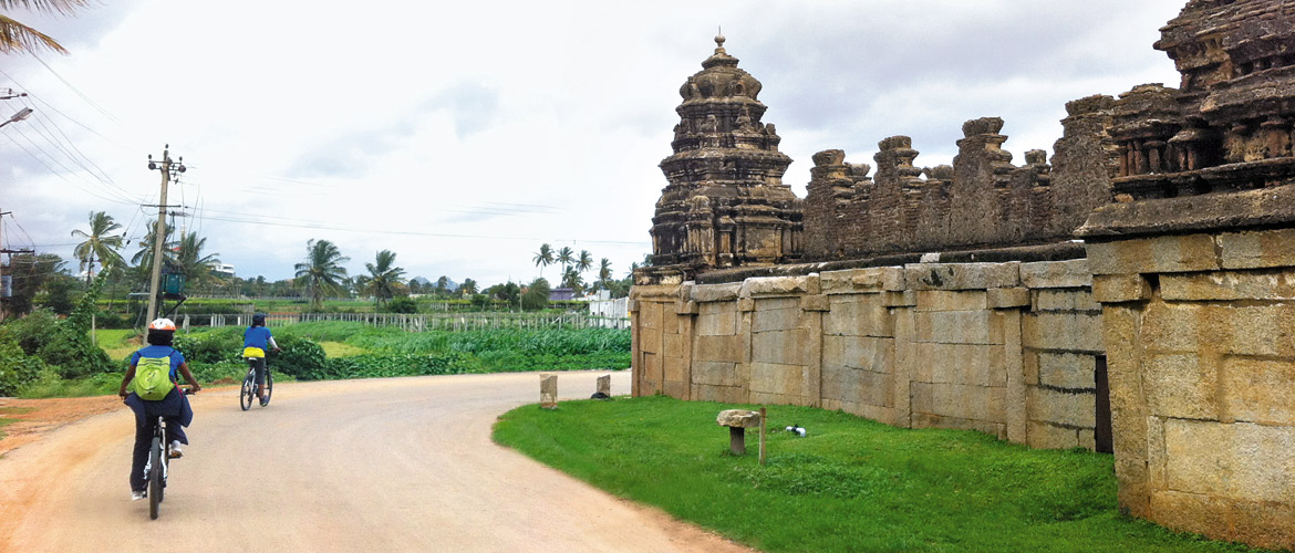 Karnataka: Slow Travel on a Cycle